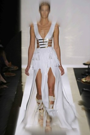 Herve-Leger-by-Max-Azria-Spring-Summer-2012-587x440