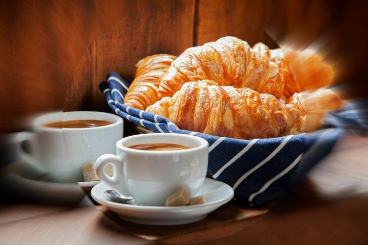 croissants-1280x853