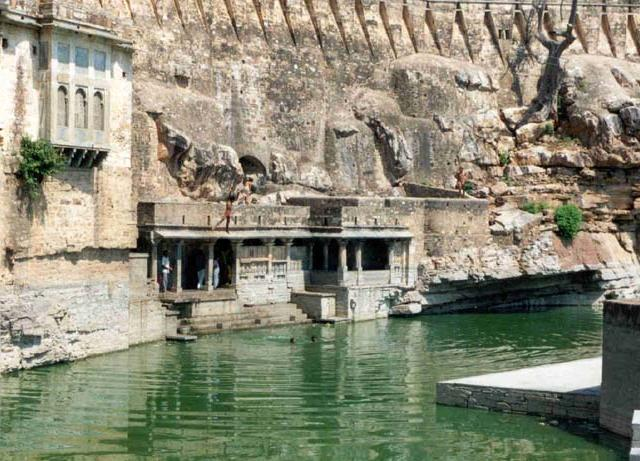 AGaumukh-Reservoir-2