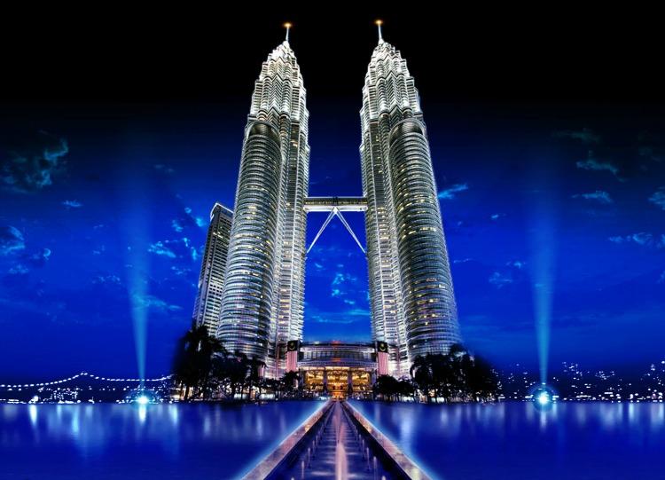 copertina grattacieli tourists360.com