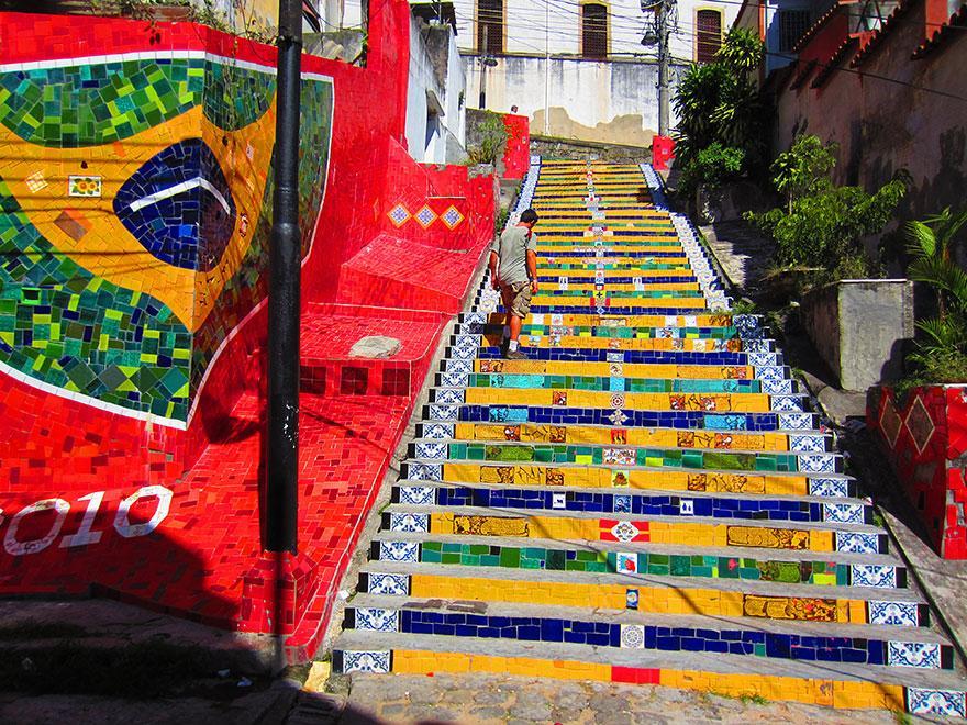 image: justin-travels.com
