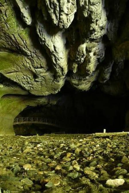Bolii cave 2 ingrandire