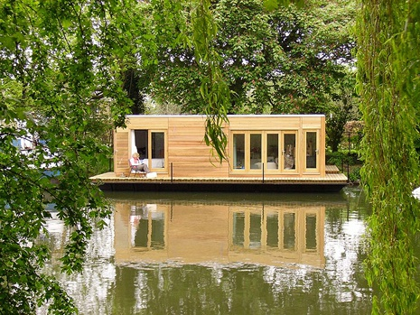 houseboat 11