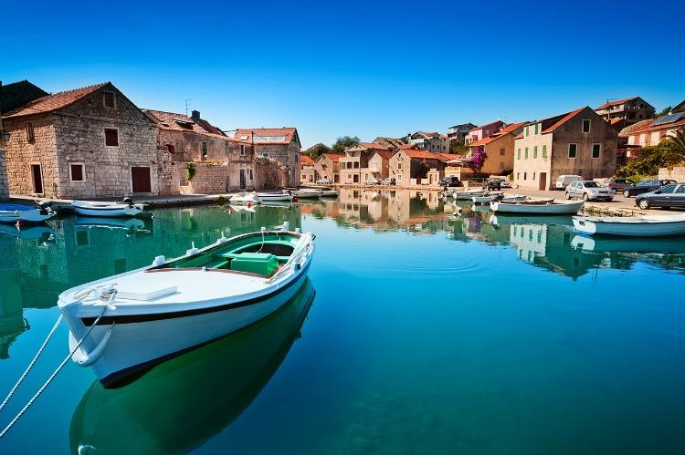 a copertinacroatia boat water