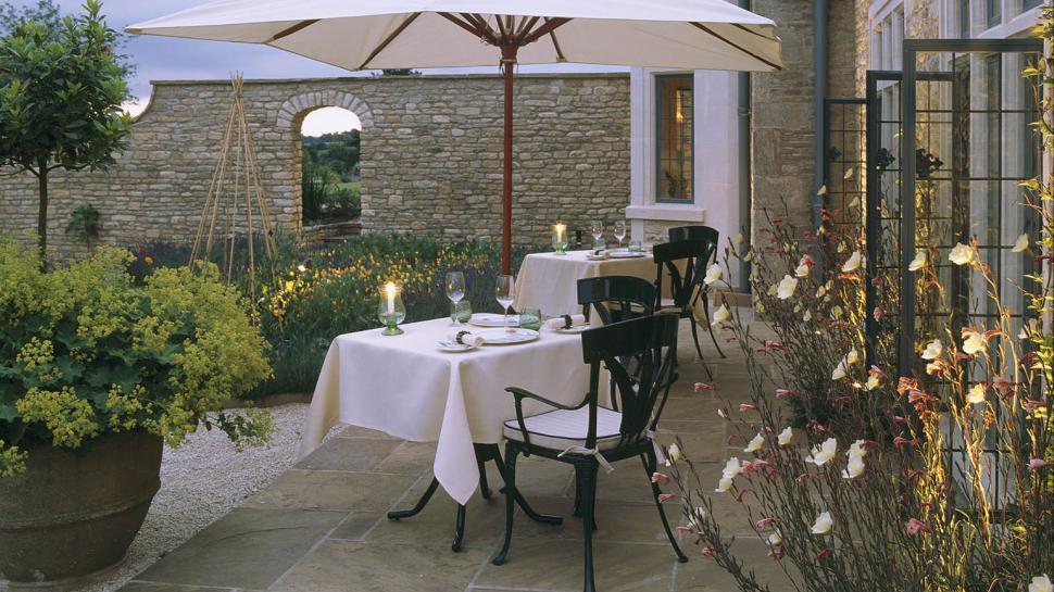 003189 02 kitchen garden terrace the golden scope for Terrace kitchen garden