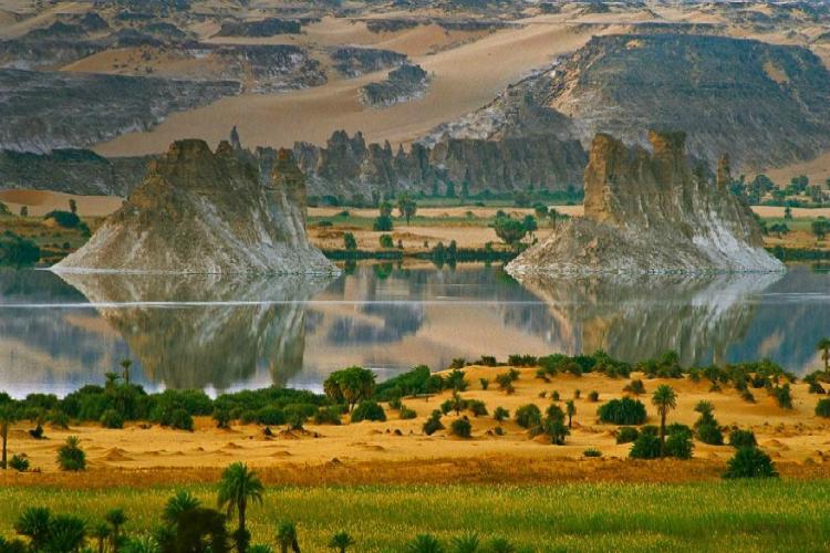 OuniangaSerir Sahara's lake