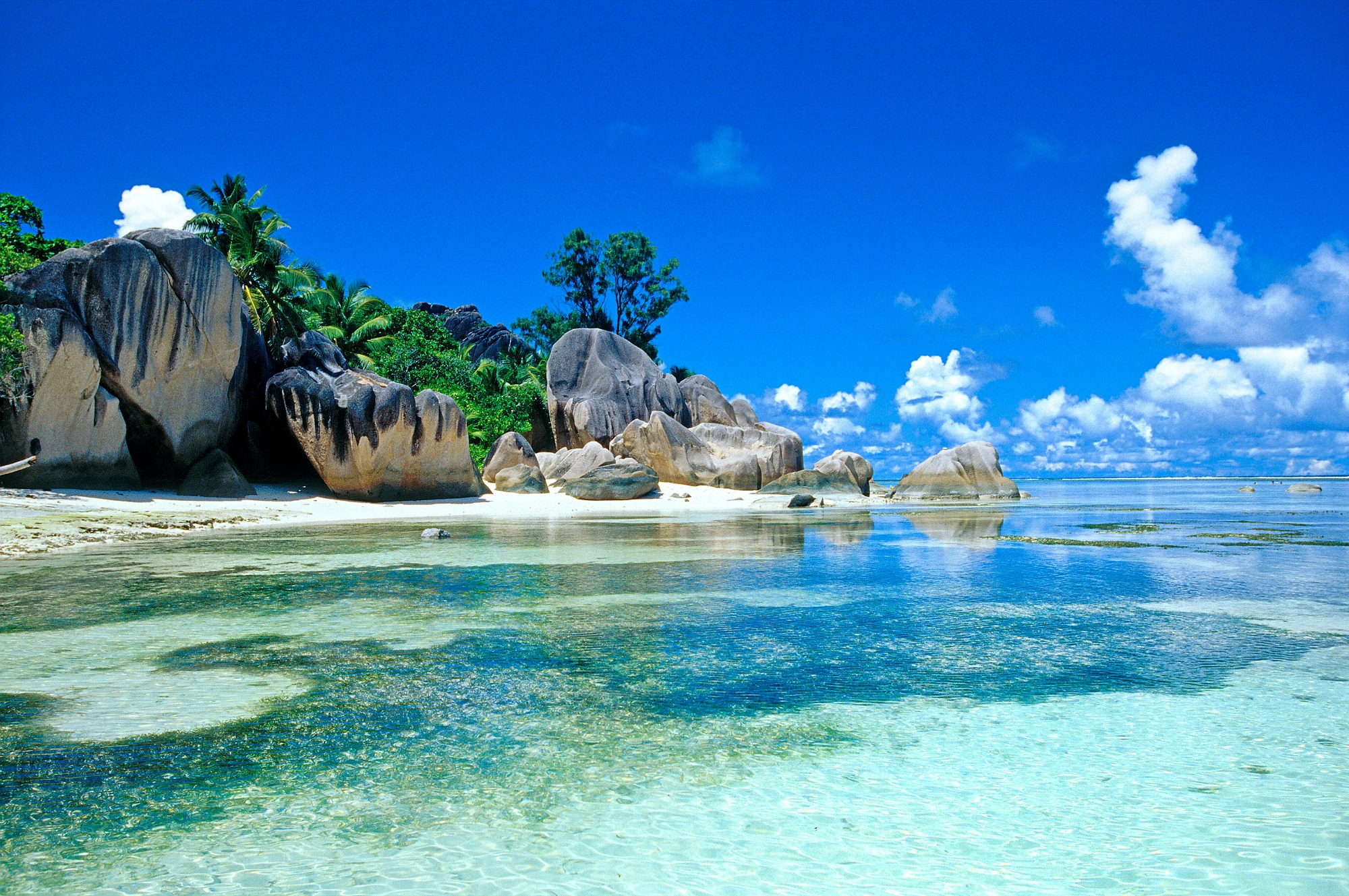 a1Seychelles-Islands-in-the-Indian-Ocean