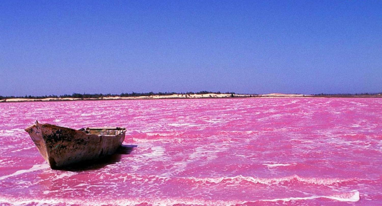 Lo stupefacente Lago Rosa