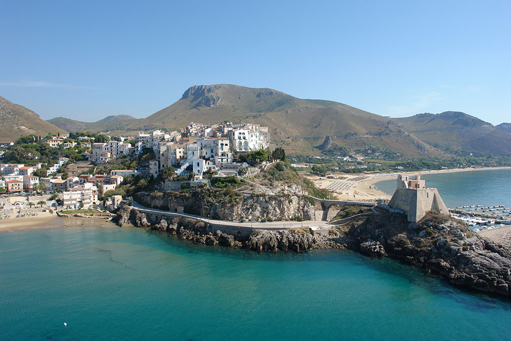 The fishing village of Sperlonga