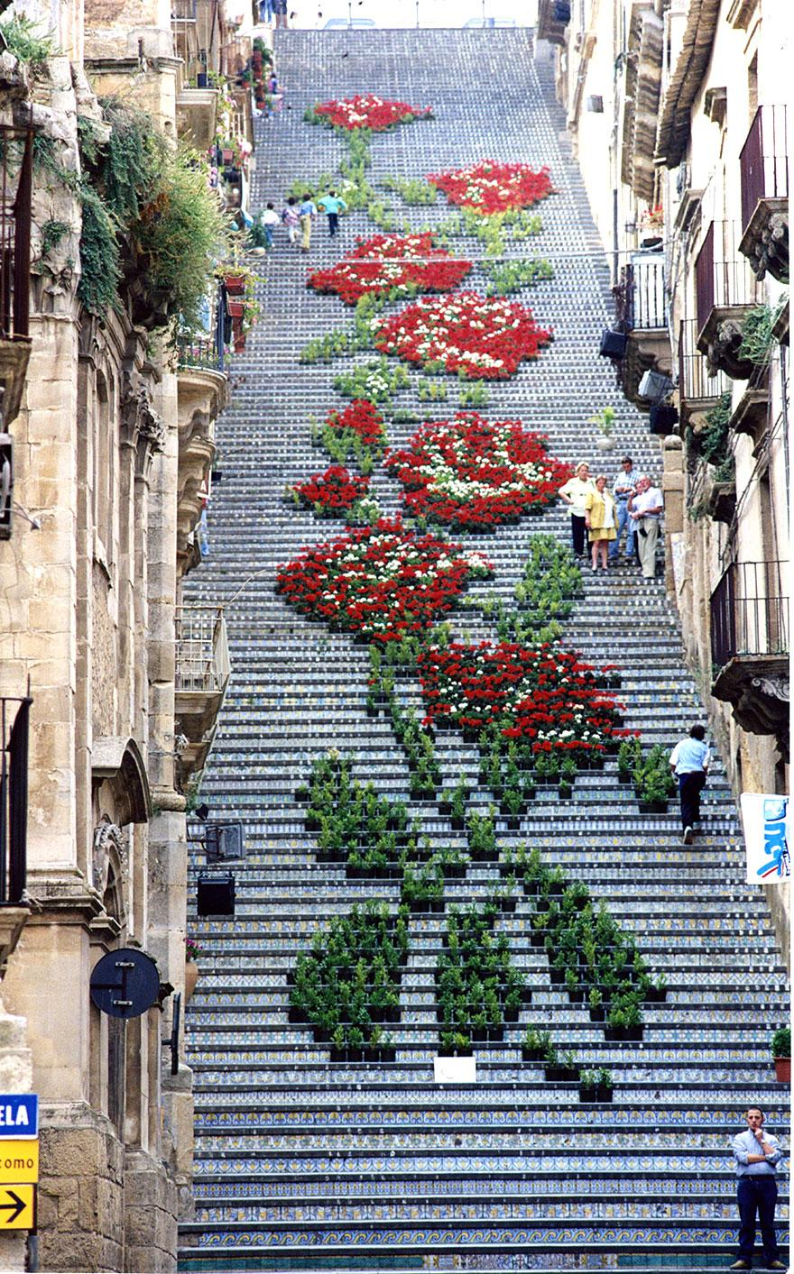 image: comune.caltagirone.ct.it